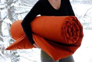 Økologisk yogamatte med ullfyll og slitesterk bomullstrekk