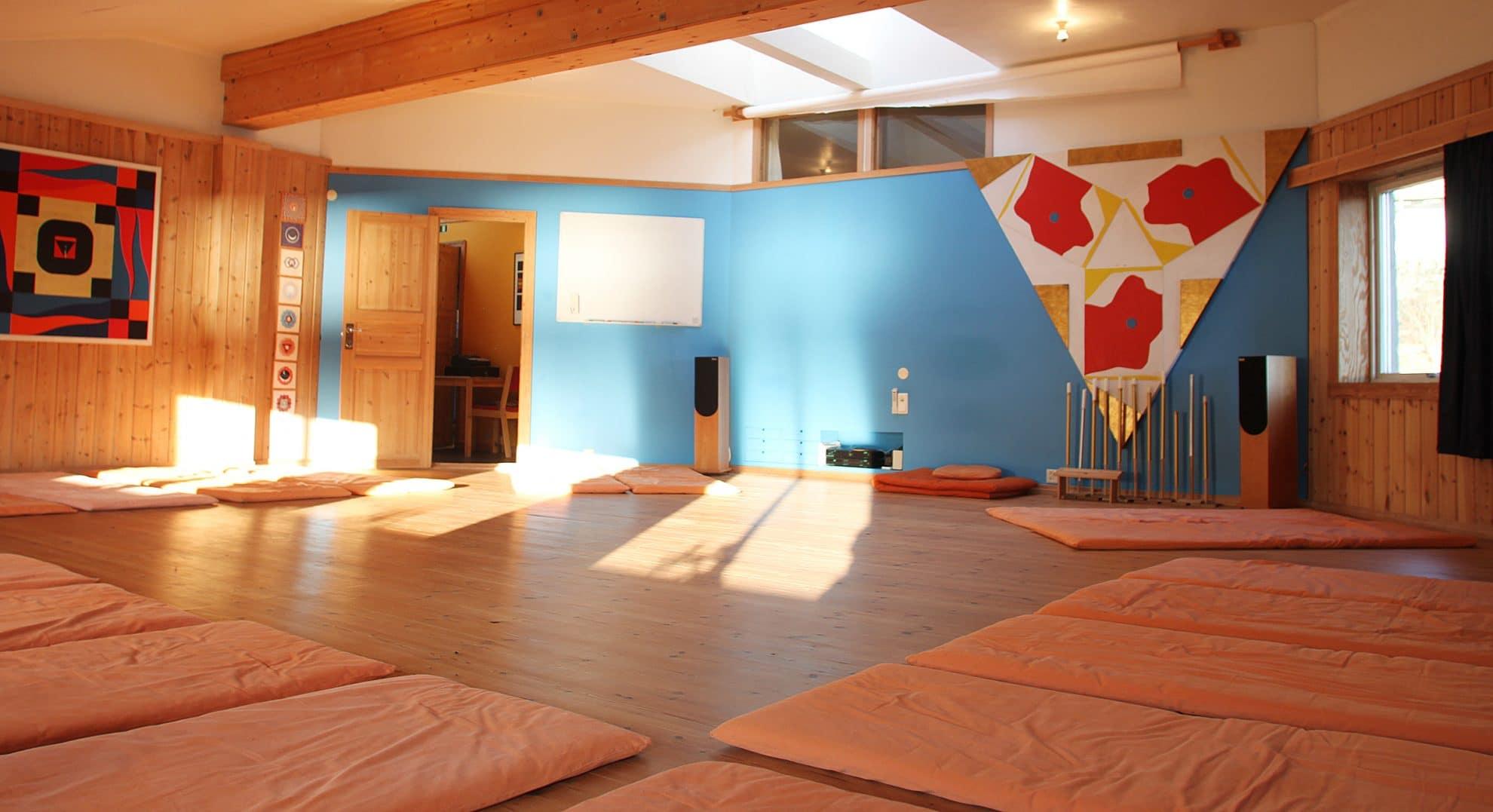 Yogarommet på yogaskolen