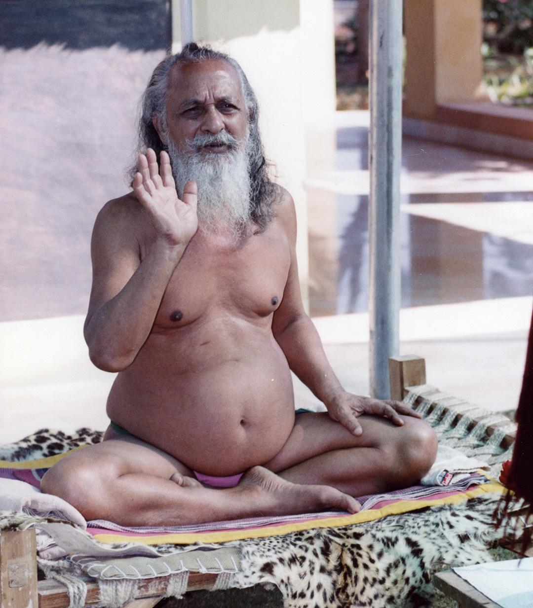 Swamiji001